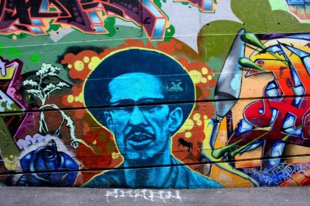 Vancouver - graffiti blue man
