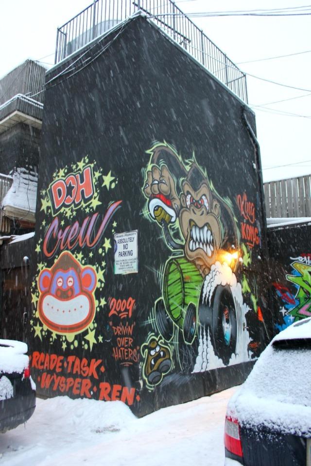 Toronto - Doh crew graffiti