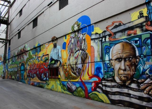 Vancouver - graffiti endless story
