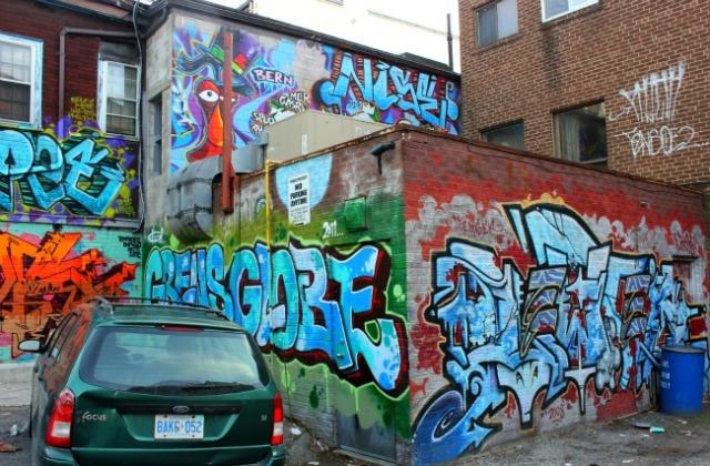 Toronto - graffiti letters