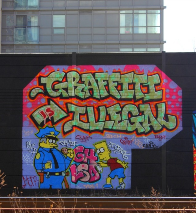 Toronto - graffiti is illegal
