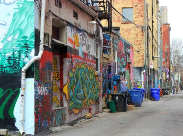 Toronto - graffiti alley west