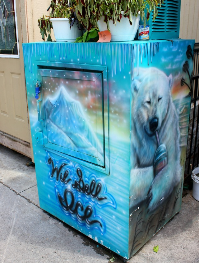 Toronto - we sell ice