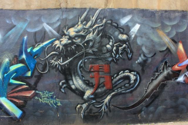Montreal - graffiti dragon