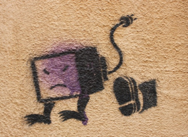 Marseille - bad tv graffiti
