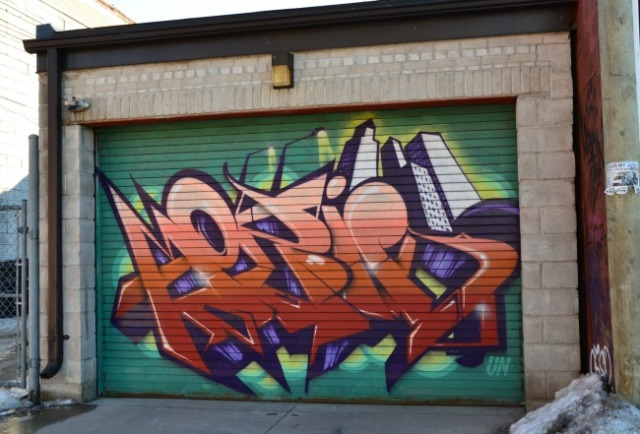 Toronto - graffiti garage door