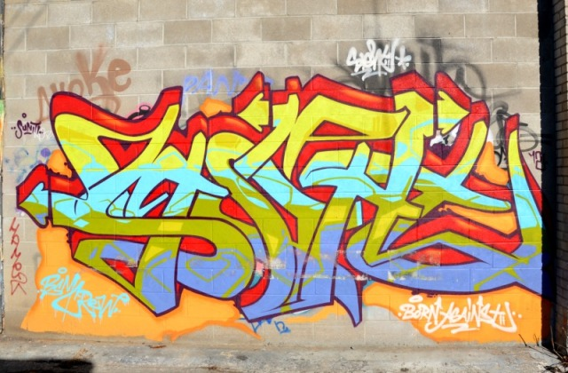Toronto - graffiti swirl