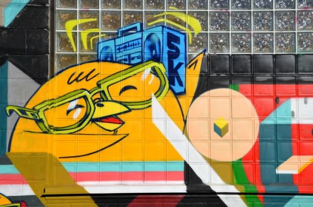 Toronto - graffiti time to rock