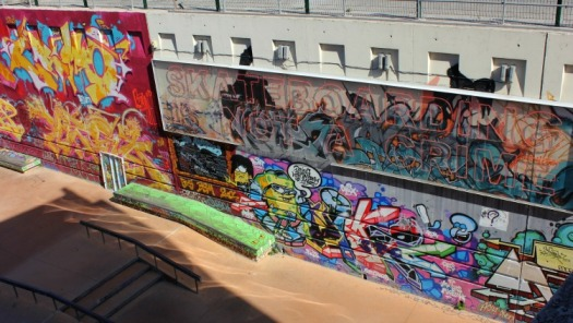 Marseille - skateboarding graffiti