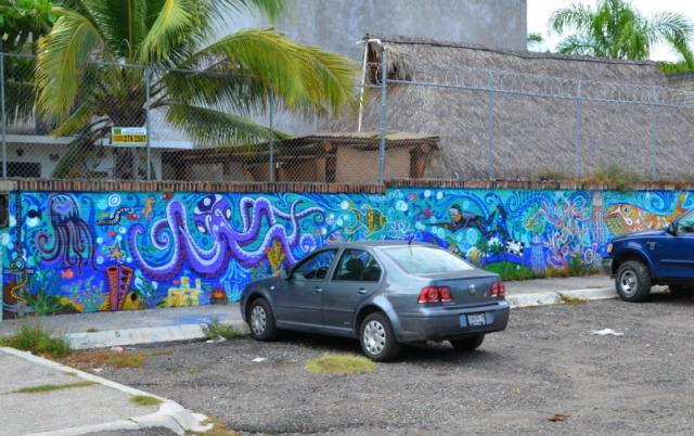 Mexico - Buserias graffiti seaworld