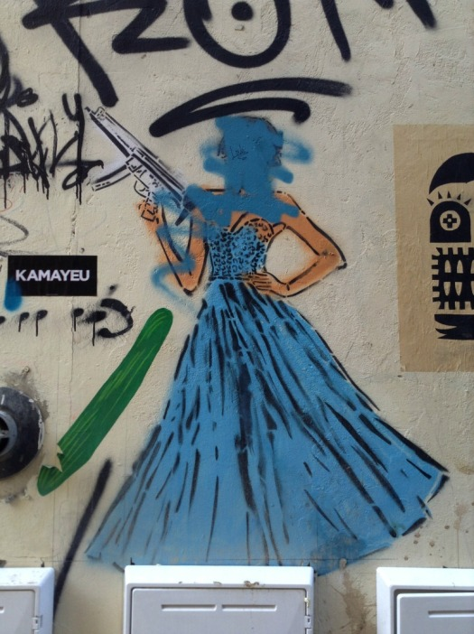 London - dangerous graff woman