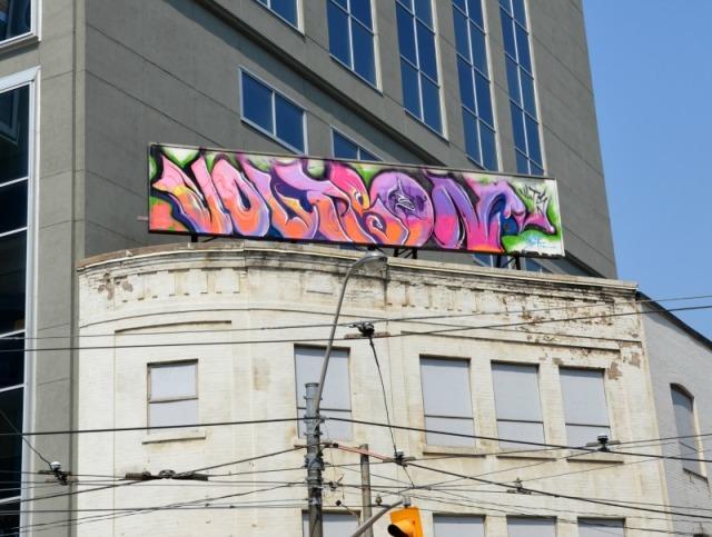 Toronto - Dundas Sq graffiti