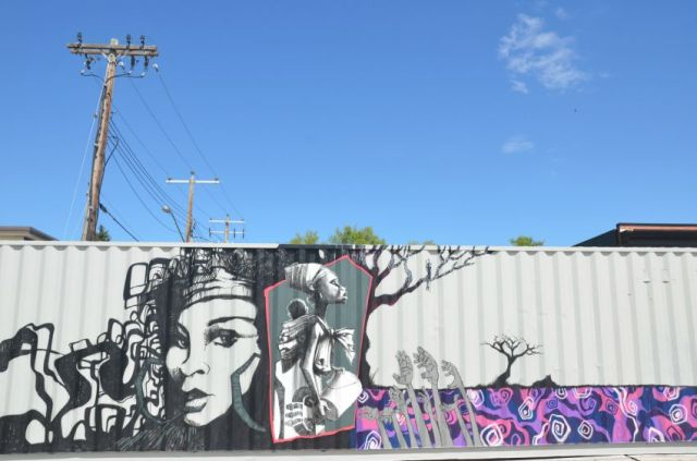 Calgary - she street art