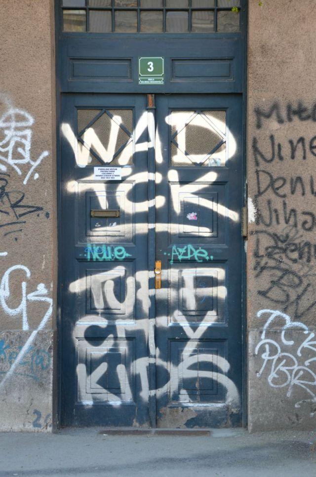 Bosnia tuff city kids graff