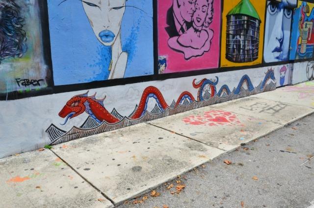 Miami - graffiti serpent
