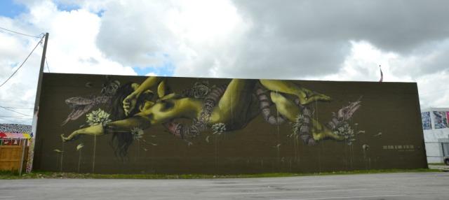Miami - graffiti green goddess