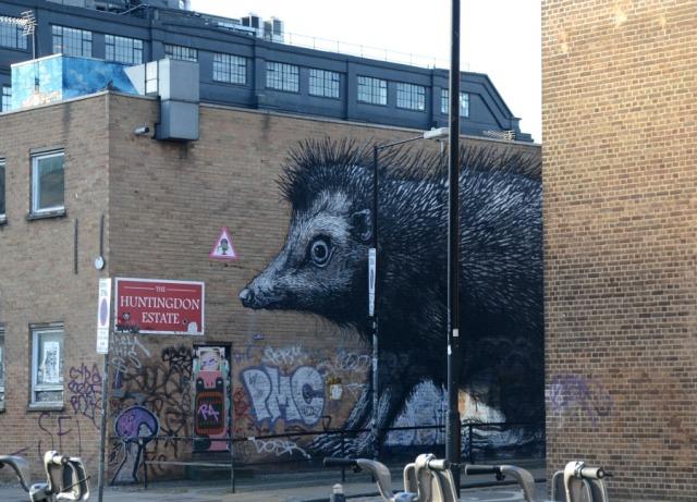 London - graffiti weasel