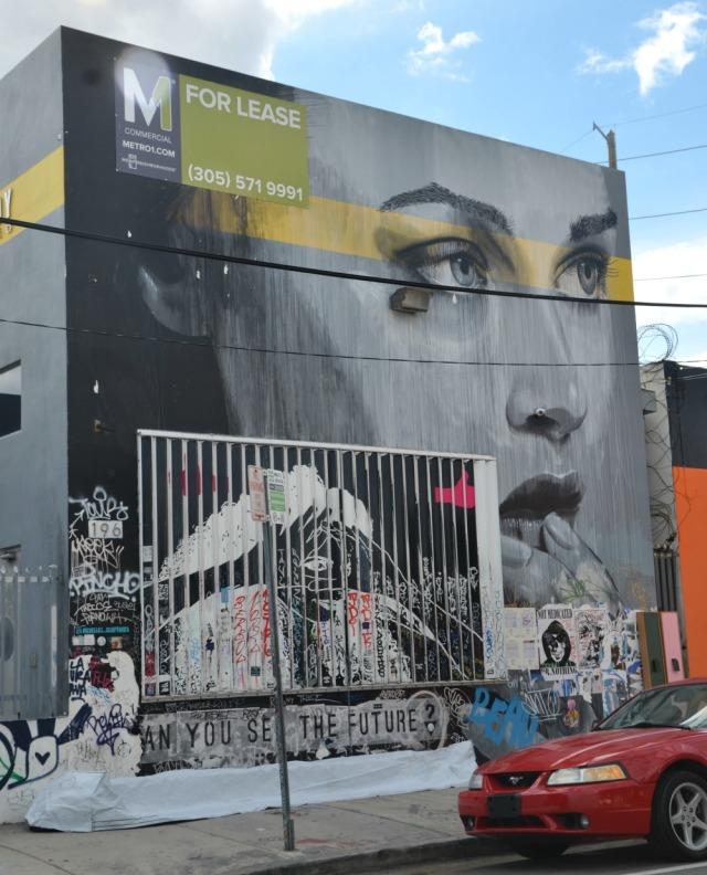 Miami - for lease graffiti