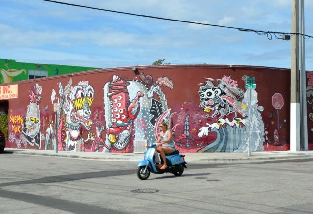Miami - monster graff